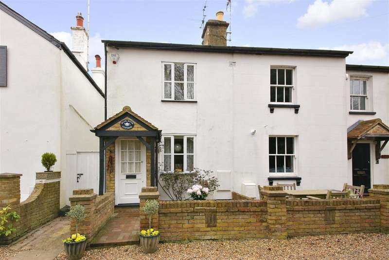 2 Bedrooms Semi Detached House for sale in New Road, Letchmore Heath, Watford