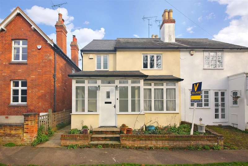 4 Bedrooms Semi Detached House for sale in The Green, Letchmore Heath