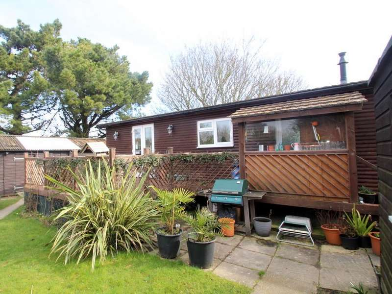 3 Bedrooms Mobile Home for sale in Cornfield Close, Wick