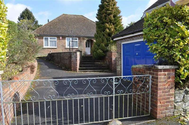 3 Bedrooms Detached Bungalow for sale in Sandheath Road, Hindhead, Surrey