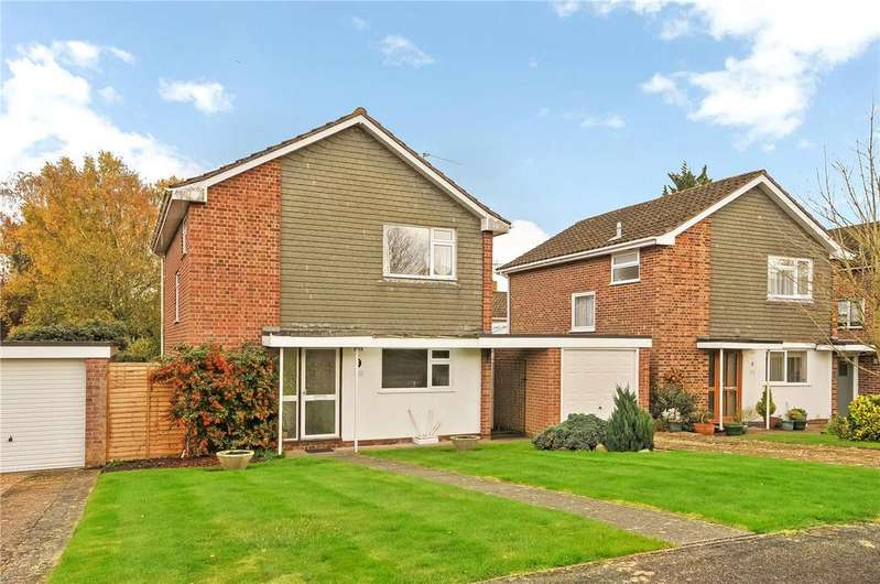 3 Bedrooms Detached House for sale in Manningford Close, Winchester, Hampshire, SO23