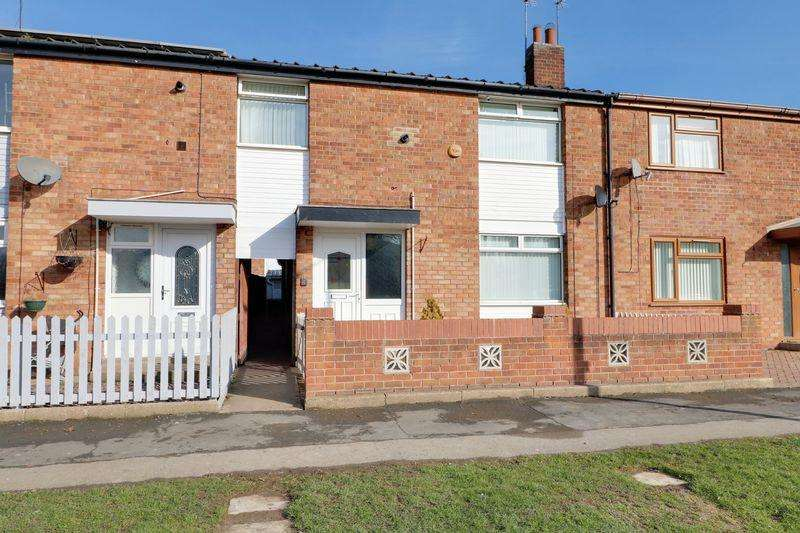 3 Bedrooms Terraced House for sale in St Thomas More Road, Anlaby Park