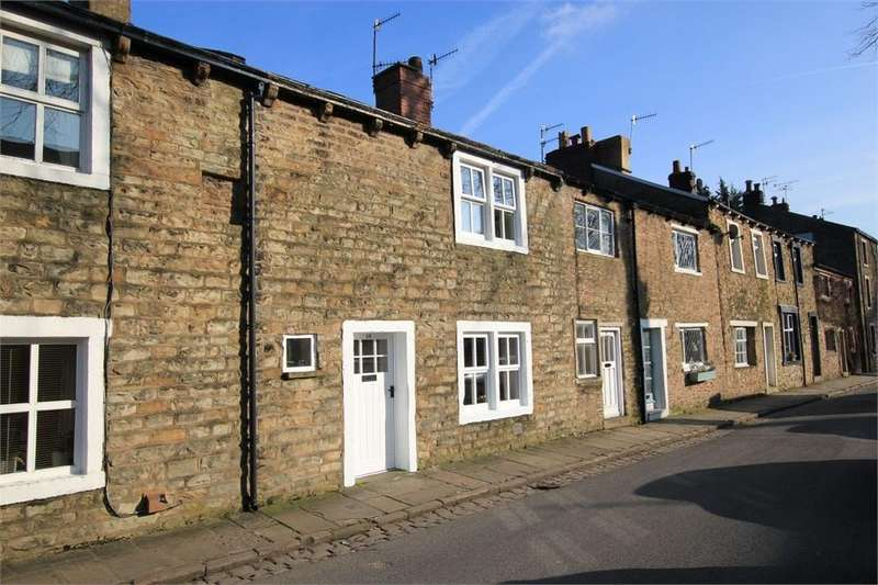 2 Bedrooms Cottage House for sale in Church Lane, Whalley, Clitheroe, Lancashire