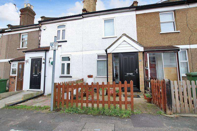 2 Bedrooms Terraced House for sale in Ducketts Road, Crayford