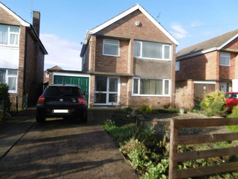 3 Bedrooms Detached House for sale in Ravendale Road, Gainsborough, DN21 1XA