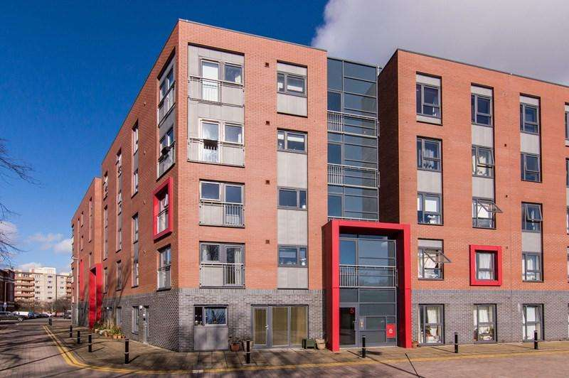 2 Bedrooms Property for sale in 5/5 St. Nicholas Place, Edinburgh, City Of Edinburgh, EH11 2SQ