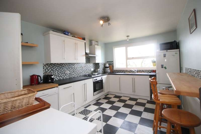 3 Bedrooms Flat for rent in Townsend, Hemel Hempstead, HP2