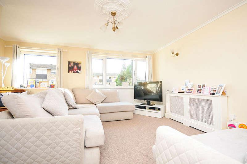 4 Bedrooms Property for rent in St. Davids Close, West Wickham, BR4
