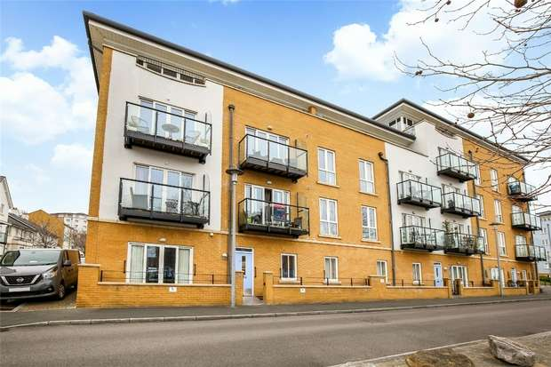 2 Bedrooms Flat for sale in Lockside, Portishead, Bristol