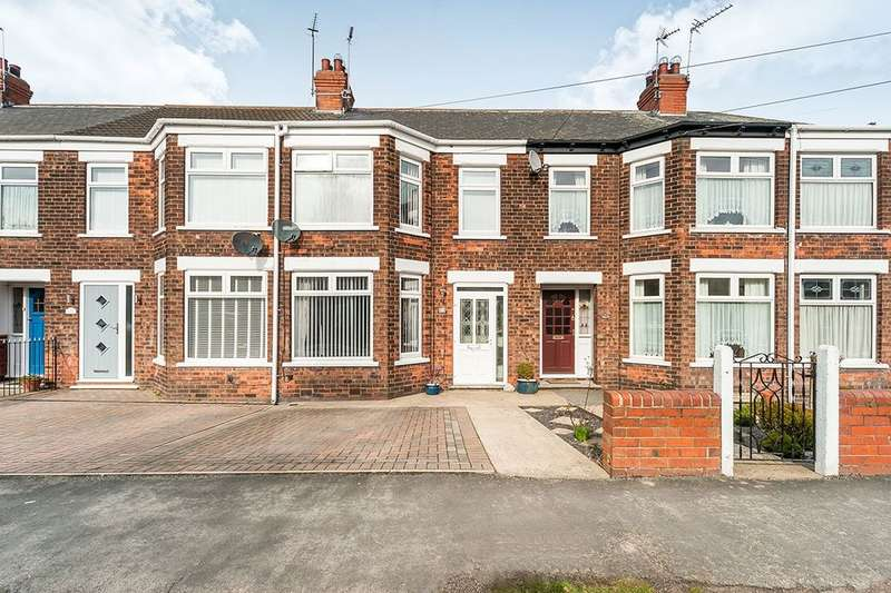 3 Bedrooms Terraced House for sale in Skirbeck Road, Hull, HU8
