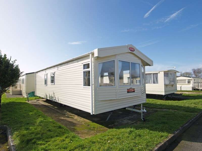 2 Bedrooms Park Home Mobile Home for sale in Naish Holiday Park, Highcliffe, Dorset