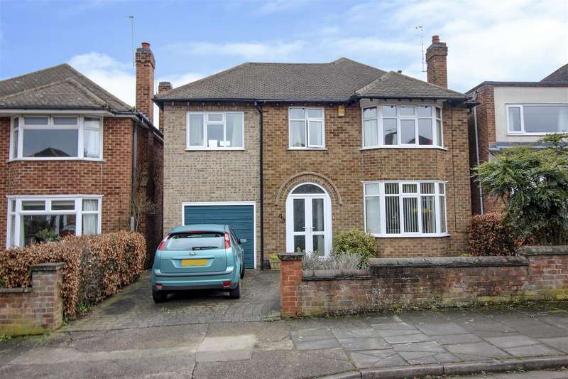 4 Bedrooms Detached House for sale in Valmont Road, Bramcote