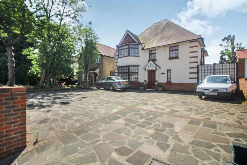5 Bedrooms Detached House for sale in Church Lane, West Cheshunt, Herts, EN8