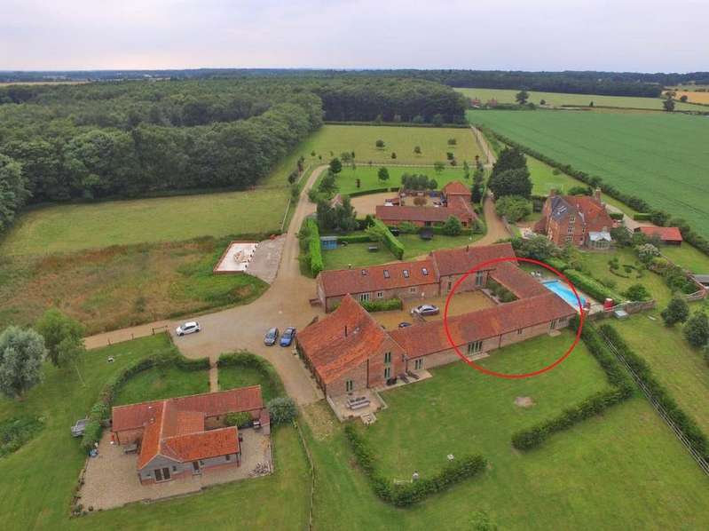 5 Bedrooms Barn Character Property for sale in Culpits Farm, Hindolveston Road, Melton Constable NR24