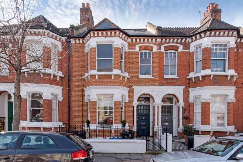 3 Bedrooms Flat for sale in Gayville Road, Battersea, London