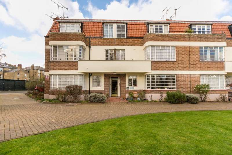 3 Bedrooms Apartment Flat for sale in Greenway Close, London