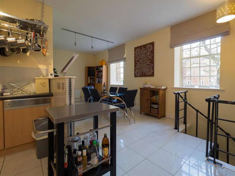 2 Bedrooms Apartment Flat for sale in Castle Brewery, Newark
