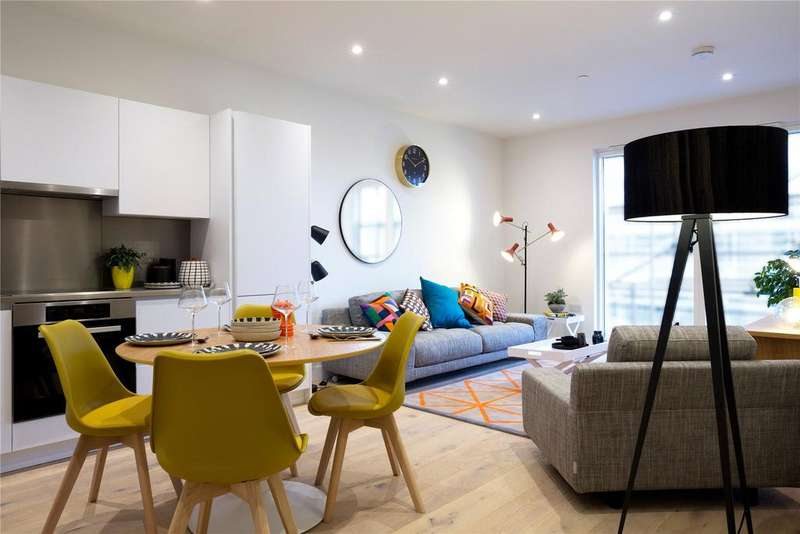 2 Bedrooms Flat for sale in Boiler House, Blyth Road, Hayes, UB3