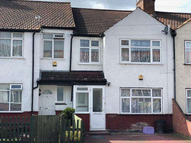 3 Bedrooms Terraced House for sale in De'arn Gardens, Mitcham, CR4 3AZ