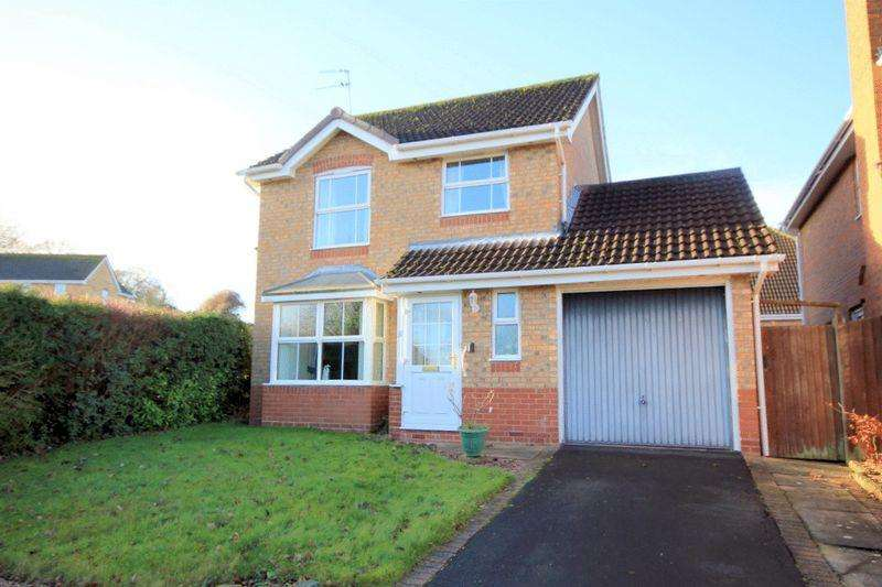 3 Bedrooms Detached House for sale in Swan Close, Stafford