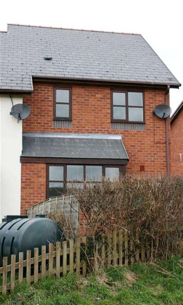 3 Bedrooms Semi Detached House for rent in 15, Tan Y Castell, Castle Caereinion, Welshpool, Powys, SY21