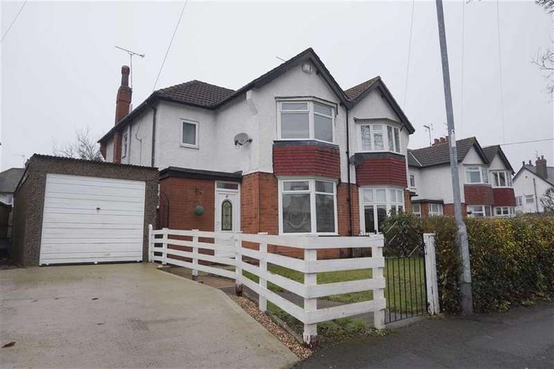 3 Bedrooms Semi Detached House for sale in Barrow Lane, Hessle, Hessle, HU13