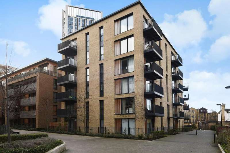 2 Bedrooms Flat for sale in Albatross Way, Canada Water