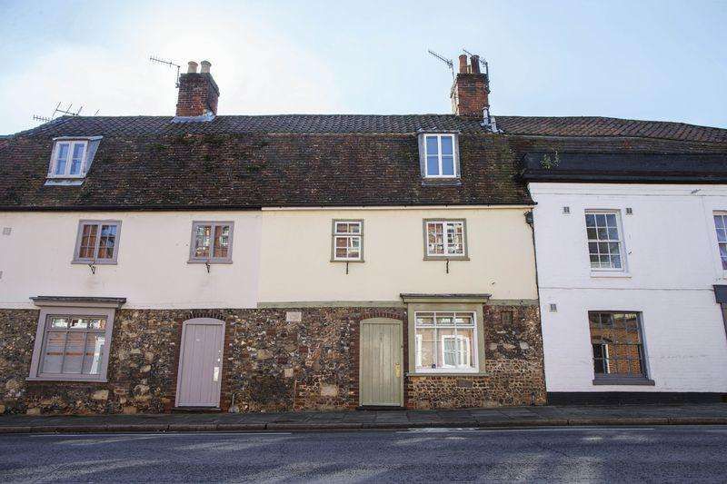 3 Bedrooms Terraced House for sale in Mustow Street, Bury St. Edmunds