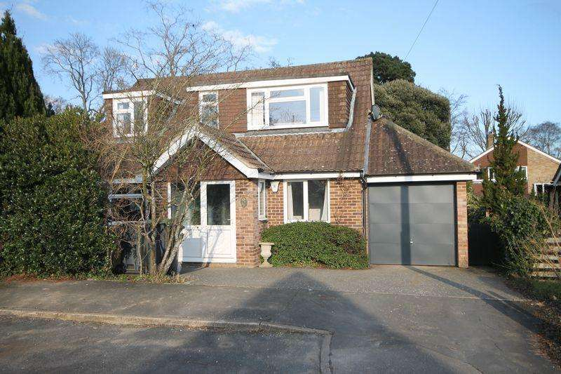 4 Bedrooms Detached House for sale in Oaktree Drive, Emsworth