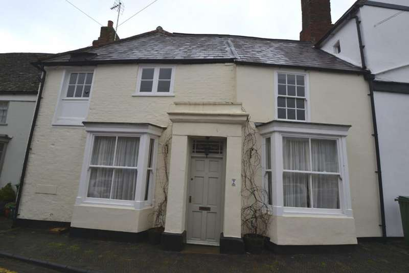 3 Bedrooms Terraced House for rent in The Walk, Winslow