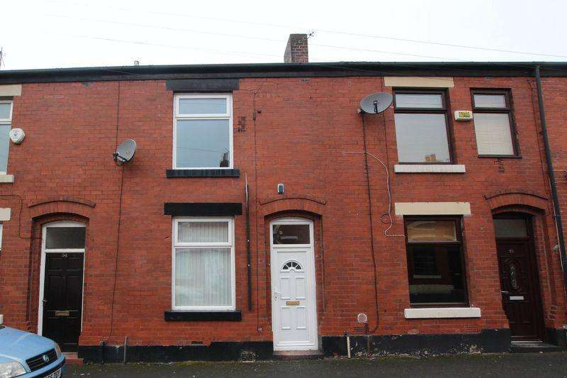 2 Bedrooms Terraced House for rent in Melville Street, Castleton, Rochdale OL11 2UQ