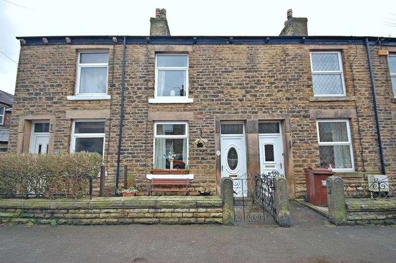 2 Bedrooms Property for rent in Wirksmoor Road New Mills, High Peak