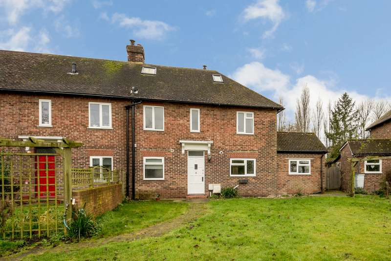 4 Bedrooms Semi Detached House for sale in Desmond Crescent, Canterbury Road ME13