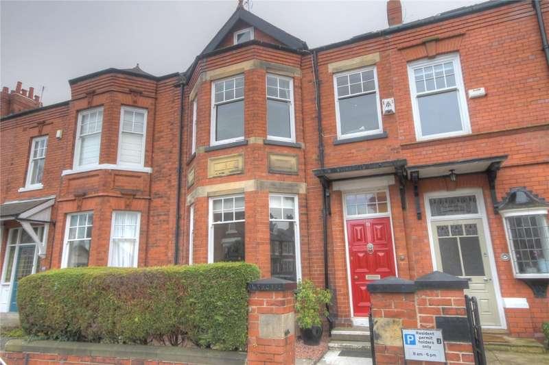 5 Bedrooms Terraced House for sale in Langholm Crescent, Darlington, DL3