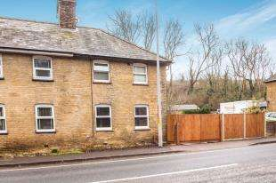 3 Bedrooms Semi Detached House for sale in Farthingloe Cottages, Folkestone, Dover, Kent