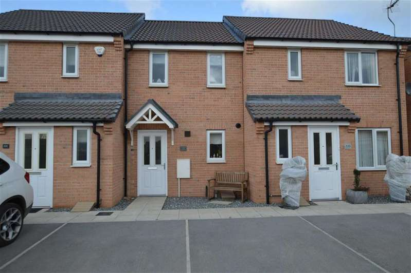 2 Bedrooms Terraced House for rent in Ashcourt Drive, Hornsea, East Yorkshire