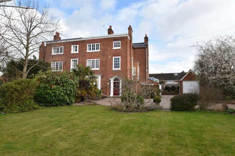 5 Bedrooms Semi Detached House for sale in Till Street, Worcester