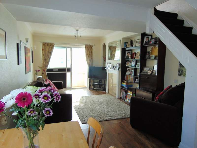 2 Bedrooms End Of Terrace House for sale in Cuthbert Road, Croydon, CR0 3RB