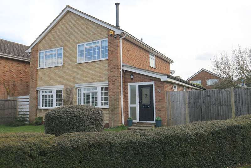 4 Bedrooms Detached House for sale in Mynn Crescent, Bearsted, Maidstone, Kent, ME14 4AS