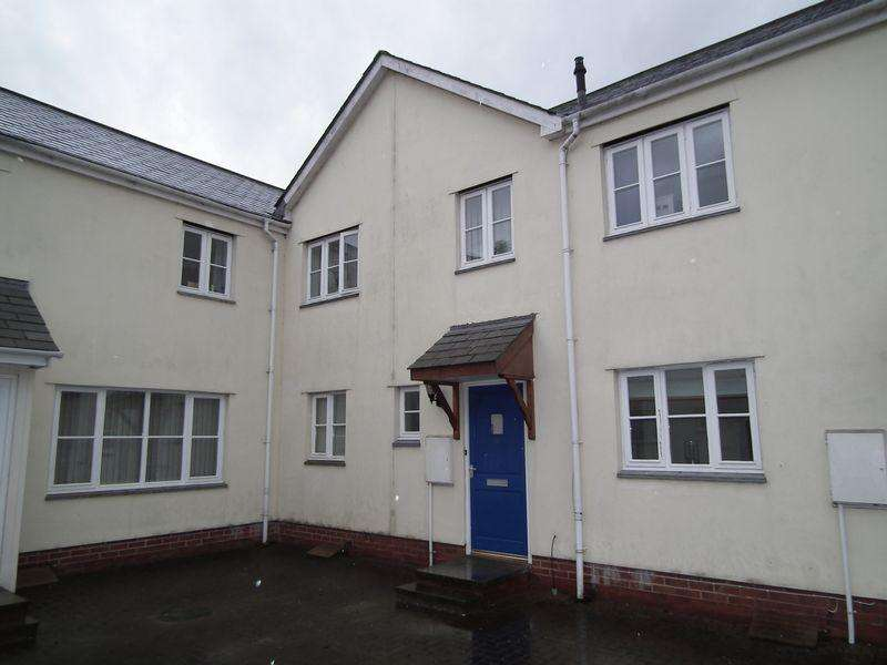 3 Bedrooms Terraced House for sale in 11 Glencreedy Court, Crediton