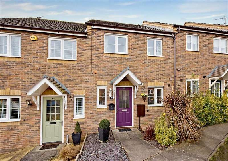 2 Bedrooms Terraced House for sale in 12, Cushman Avenue, Wombourne, Wolverhampton, South Staffordshire, WV5