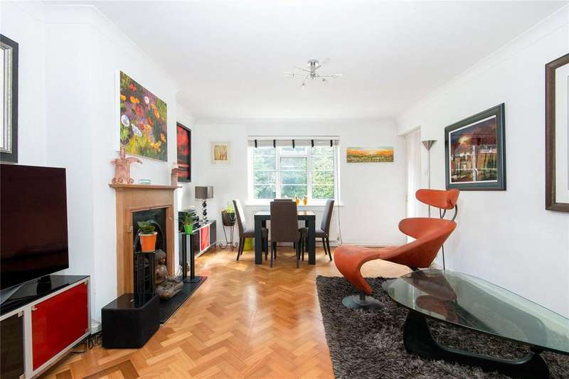 2 Bedrooms Flat for sale in Thames Village, Hartington Road, Chiswick, London