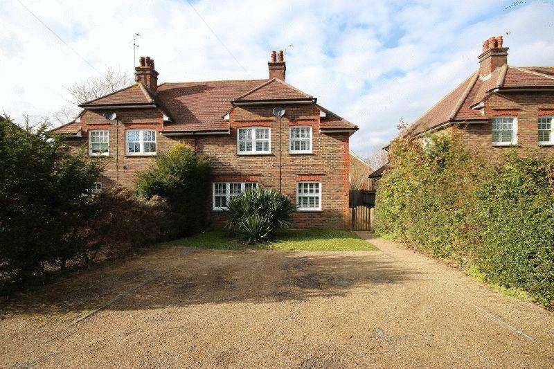 3 Bedrooms Semi Detached House for sale in Haywards Villas, Haywards Heath