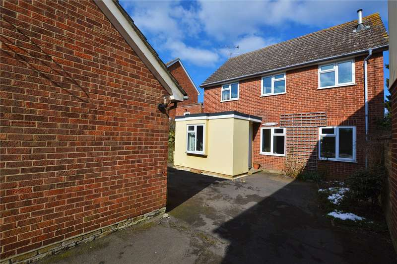 4 Bedrooms Detached House for sale in Great Dunmow