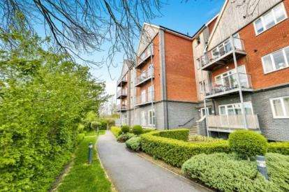 1 Bedroom Flat for sale in Turnstone House, 49 Millward Drive, Milton Keynes