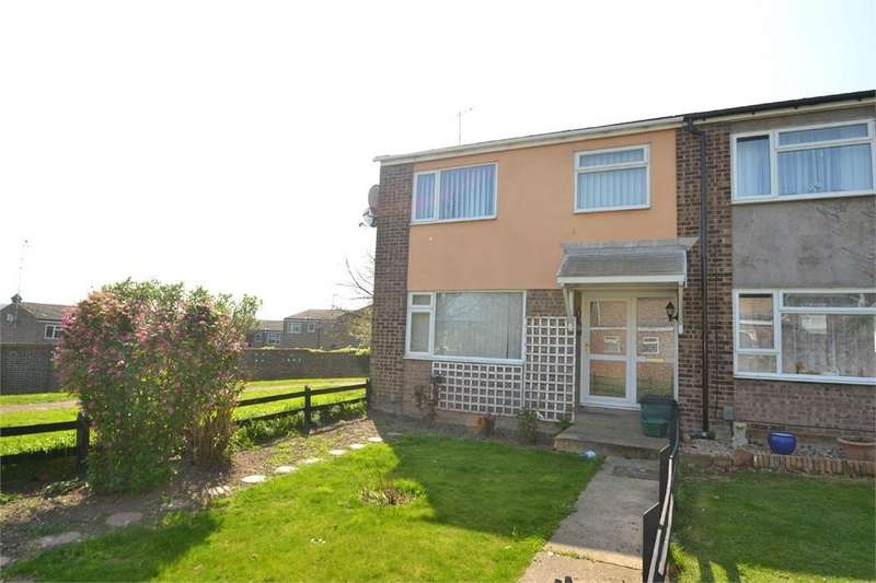 5 Bedrooms End Of Terrace House for rent in Rosalind Close, Colchester, Essex