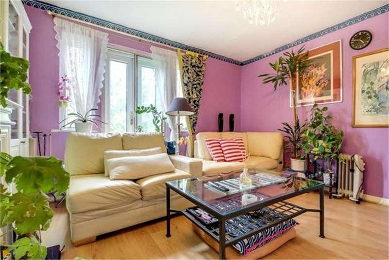 2 Bedrooms Flat for sale in Neasden Lane, London
