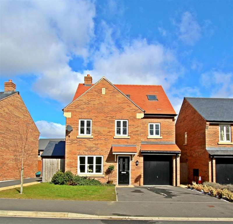 4 Bedrooms Detached House for sale in 20 Crabtree Drive, Malton, YO17 7FQ