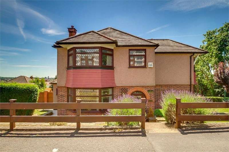 4 Bedrooms Detached House for sale in Park Side, London