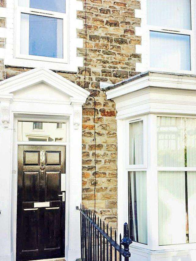 4 Bedrooms House for sale in Terrace Road , Mount Pleasant ,
